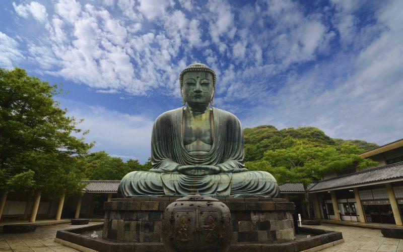 See the impressive stone Buddha at Kotukuin temple., Kamakura