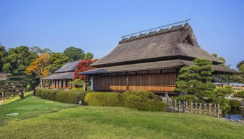 Koraku-en garden in Okayama on of the three great gardens in Japan